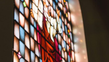 LA-First-Church-of-the-Nazarene-blurred-stained-glass-window